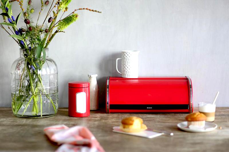 Chlebak na pieczywo Brabantia czerwony