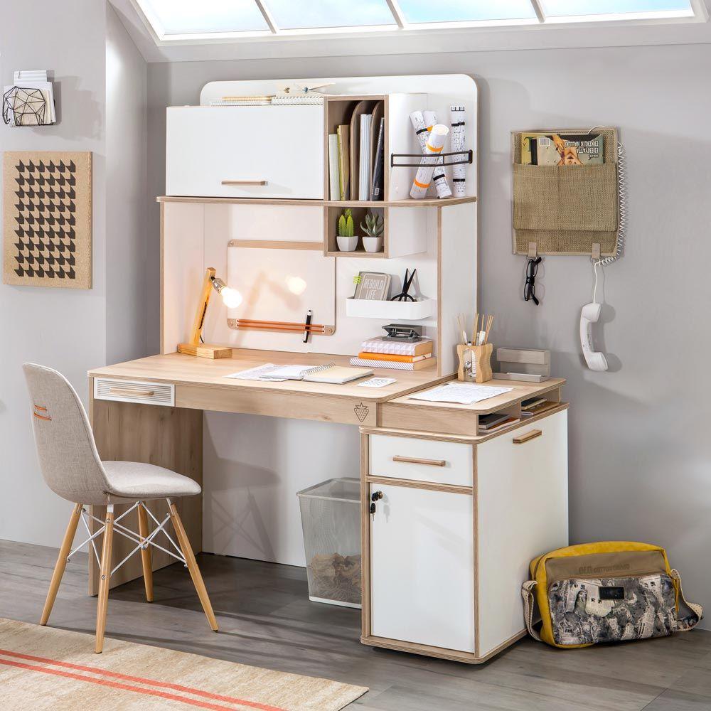 Wygodne, komfortowe biurko do nauki dla dziecka