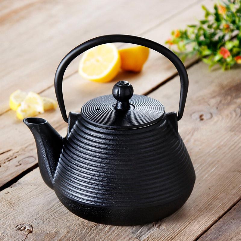czajniczek żeliwny do zaparzania herbaty