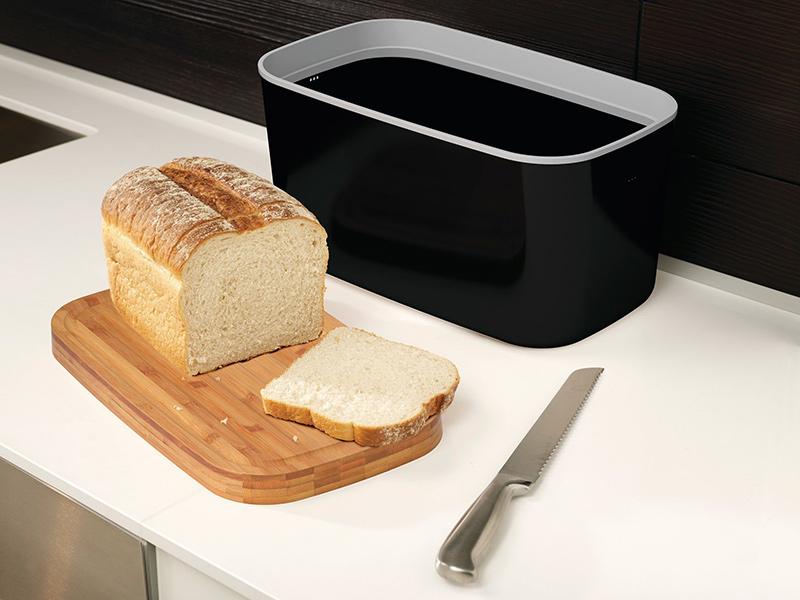 Pojemnik na pieczywo z deską do krojenia
