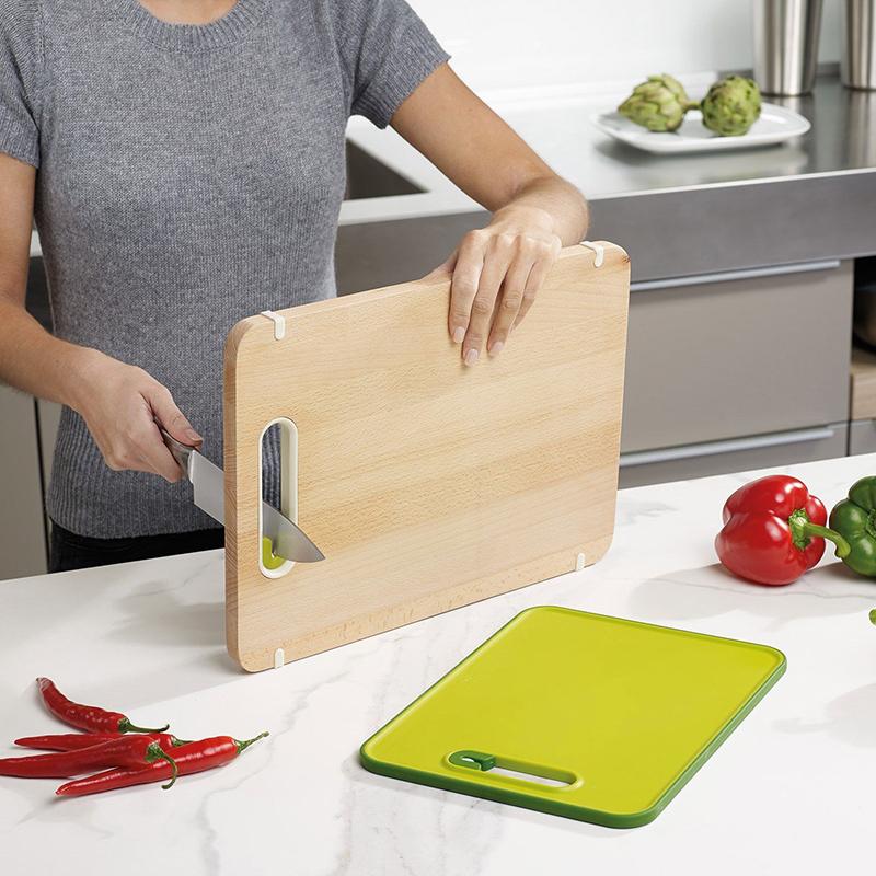 deska kuchenna do krojenia z ostrzałką do noży