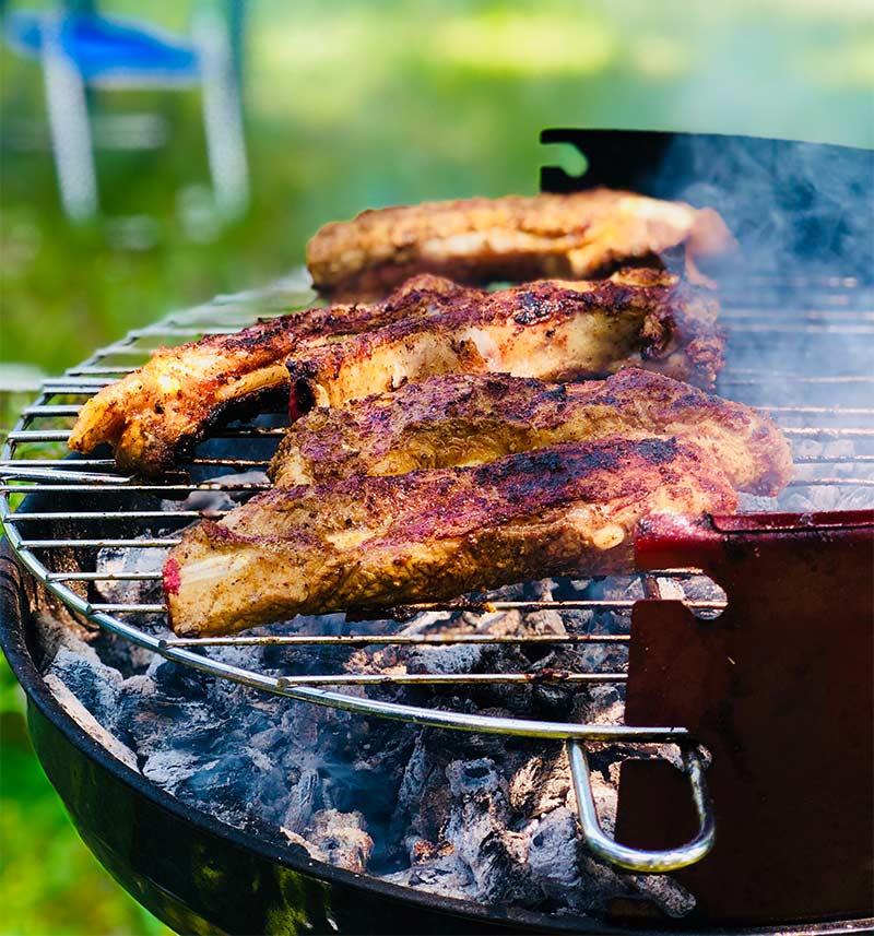 sezon na grilla - najlepsze grille węglowe