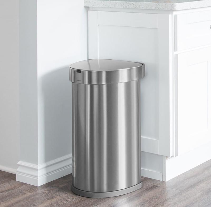 kosz na śmieci z nierdzewki simplehuman