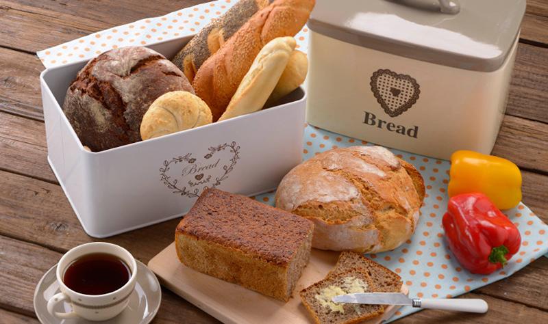 wypiekanie chleba - przepisy na domowy chleb