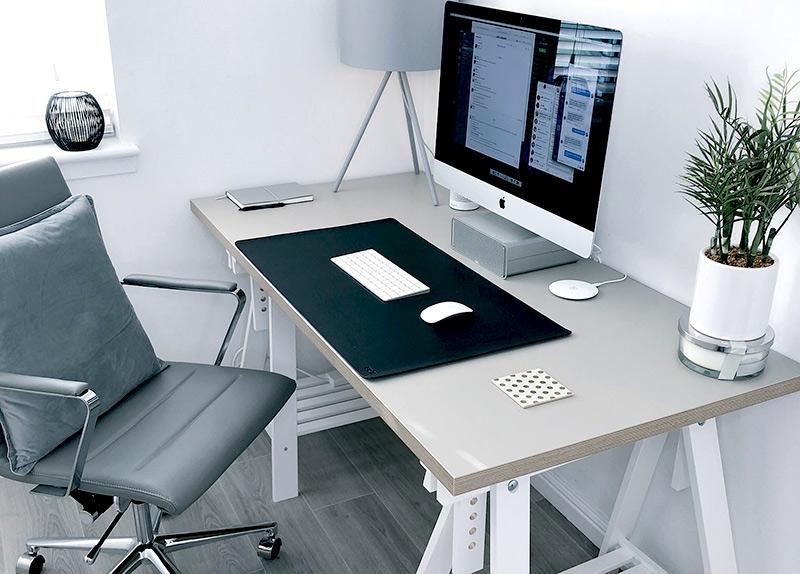 niezbędne rzeczy do przygotowania home office
