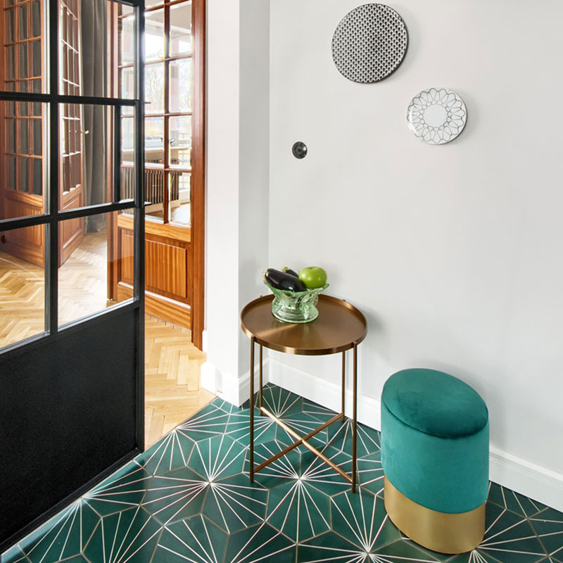 Pufa Velvet Step into Design i stolik Moon Moos Home