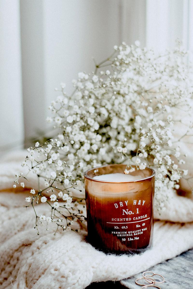 świeca zapachowa na dzień kobiet