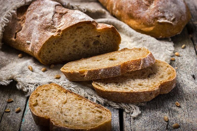 chleb z urządzenia do chleba - domowy chleb