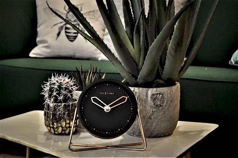 Ekskluzywny zegar stołowy Nextime Cross