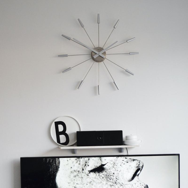 Zegar ścienny srebrny Nextime
